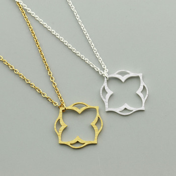 GORGEOUS TALE 10Pcs/lot Gold Silver Four Leaf Clover Pendant Necklaces Stainless Steel Plant Chokers Necklace For Women Jewelry